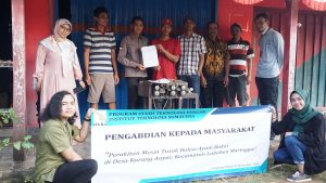 Mesin Tusuk Bakso untuk Pengrajin di Desa Karang Anyar